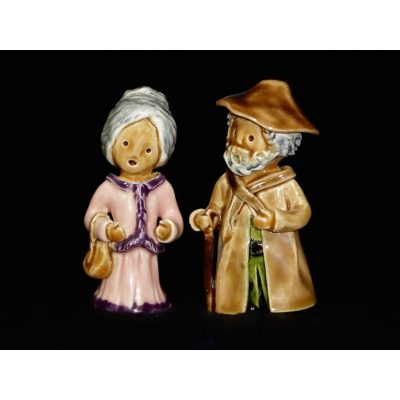 Villagers - Old Lady and Old Man Set (Pink and Beige)